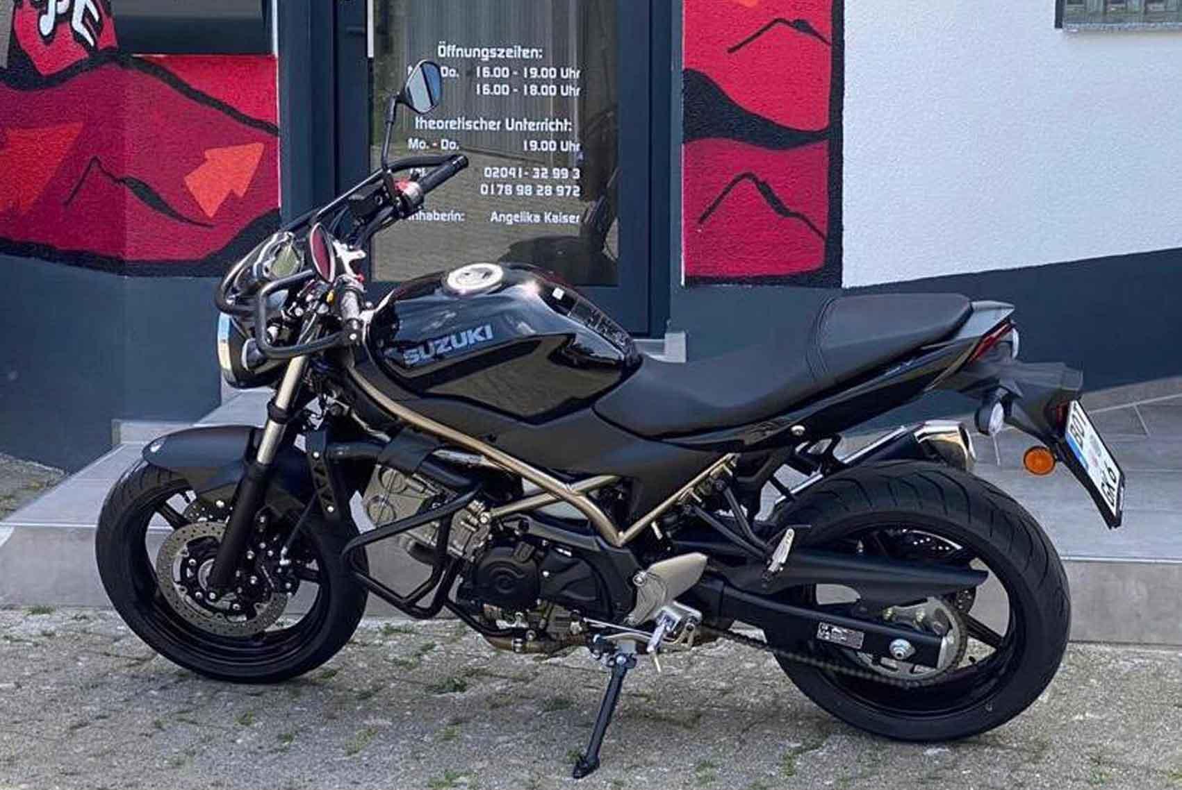 suzuki60x40new